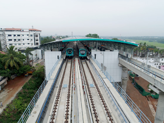 Third rail installed on Kochi Metro Bangalore