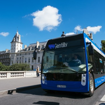Aptis electric bus in circulation on line 21 in Paris (Saint-Michel – Saint-Germain) .Paris. France. | Copyright/Ownership ALSTOM Transport / TOMA – Cyril Abad